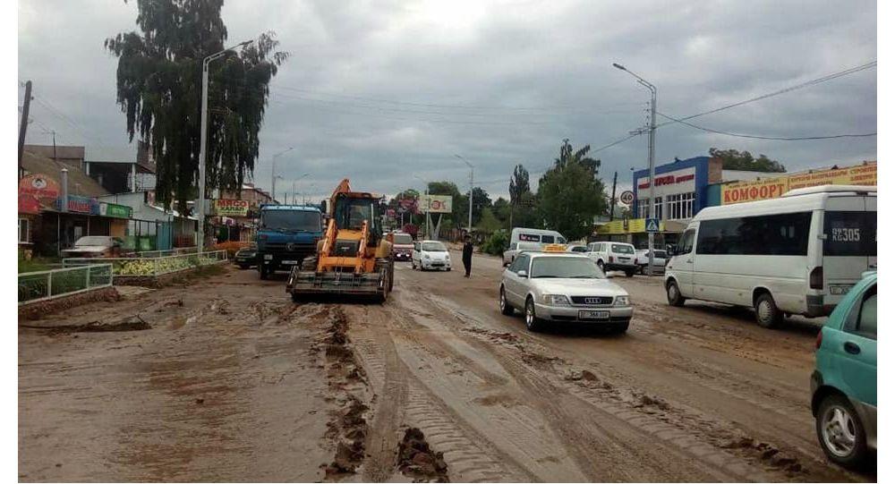 Последствия схода селя в городе Чолпон-Ата Иссык-Кульской области