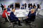 Лидеры стран G7 на заседании во французском Биаррице. 25 августа 2019 года