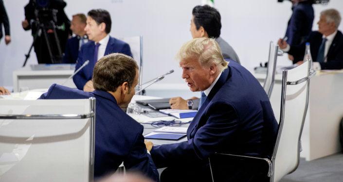 Лидеры  стран-участниц G7 принимают участие в рабочей сессии Международная экономика и торговля и повестка дня международной безопасности в Биаррице (Франция)
