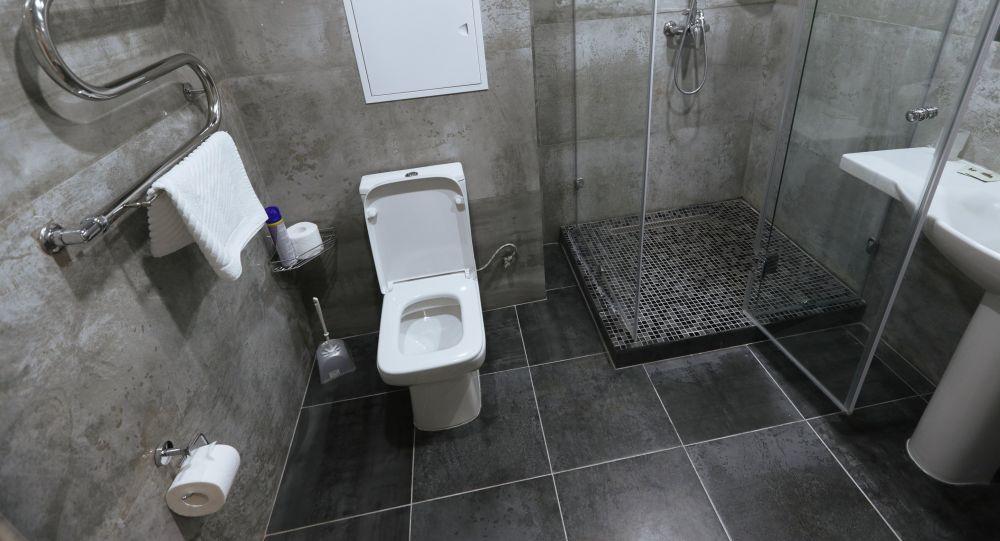 Туалет. Архивдик сүрөт