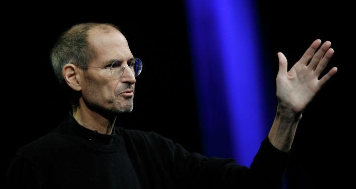 Архивное фото генерального директора Apple Стива Джобса