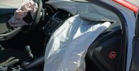 Салон автомобиля поврежденный в ДТП. Иллюстративное фото