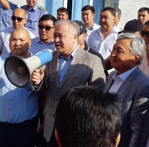 Экс-депутат Өмүрбек Текебаев. Архивдик сүрөт