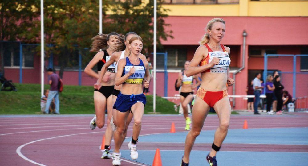 Кыргызстандык жөө күлүк Дарья Маслова Белоруссияда өткөн жеңил атлетика боюнча чемпионатта жеңүүчү болду