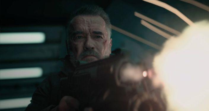 В Сети появился второй трейлер нового Терминатора. Эпизод называется Темные судьбы.