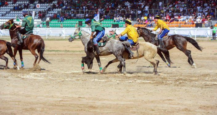 Команда Бакубат Талас выиграли в финале кубка президента в первой лиги по кок бору в Чолпон-Ате