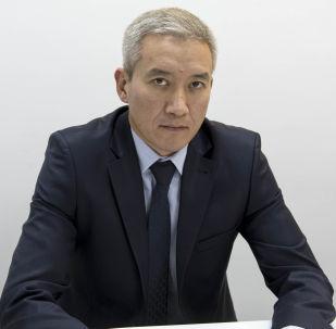 Архивное фото председателя правления РКФР Эркина Асрандиева