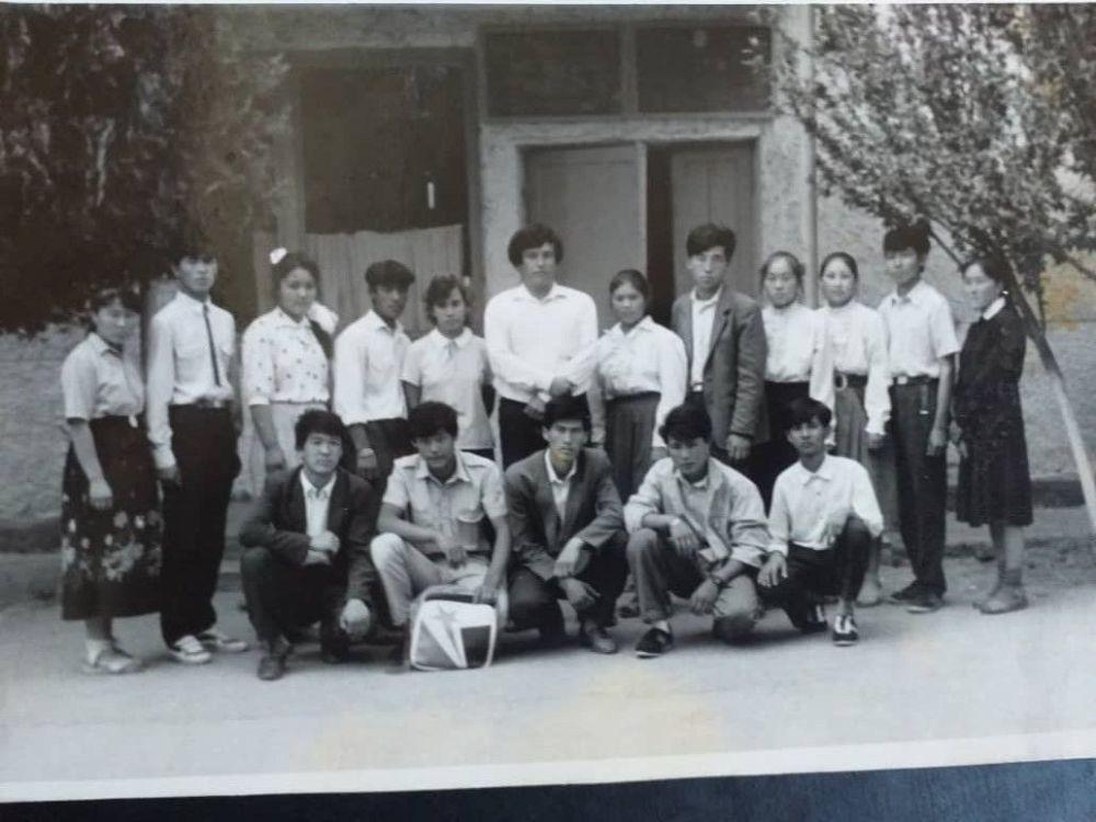 Депутат ЖК Тазабек Икрамов в школьные годы