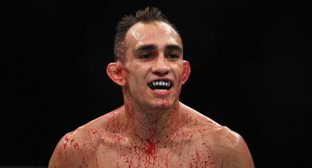 UFC мушкери Тони Фергюсон. Архивдик сүрөт