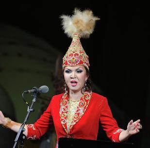 Ырчы Дарига Назарбаева. Архивдик сүрөт