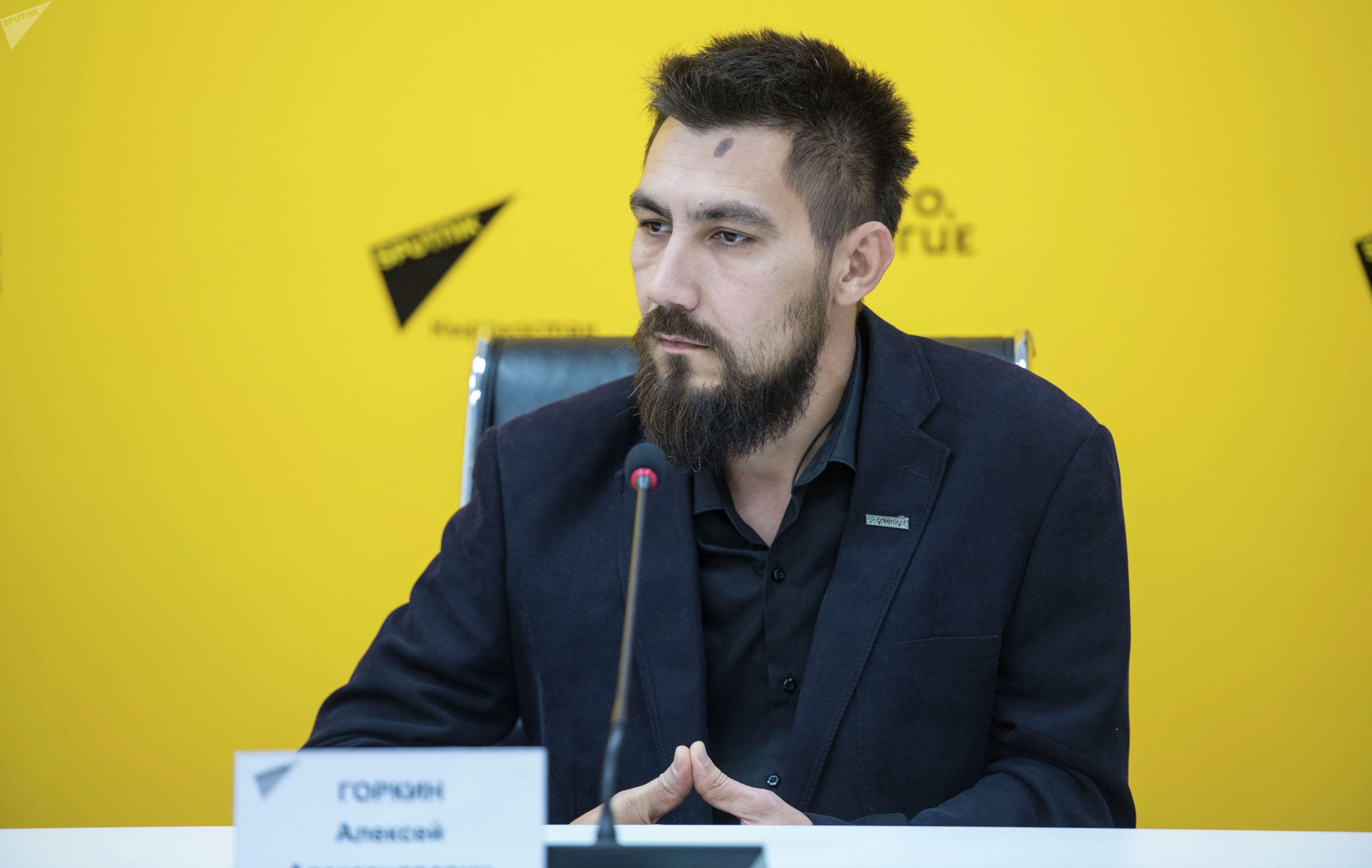 Инженер по серверам и системам хранения данных Алексей Горкин на пресс-конференции в мультимедийном пресс-центре Sputnik Кыргызста