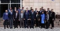 10-сентябрда, тышкы иштер министри Чыңгыз Айдарбеков Кыргызстандагы чет мамлекеттердин ардактуу консулдары менен кеңешме өткөрдү