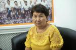 Психолог Канышай Кожокелдиева во время беседы