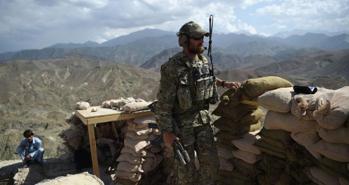 Военнослужащий армии США на контрольно-пропускном пункте. Архивное фото