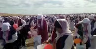 Необычный рекорд 14 сентября установили жительницы Жанааркинского района Карагандинской области РК — они одновременно взбили 10 тысяч литров кумыса.