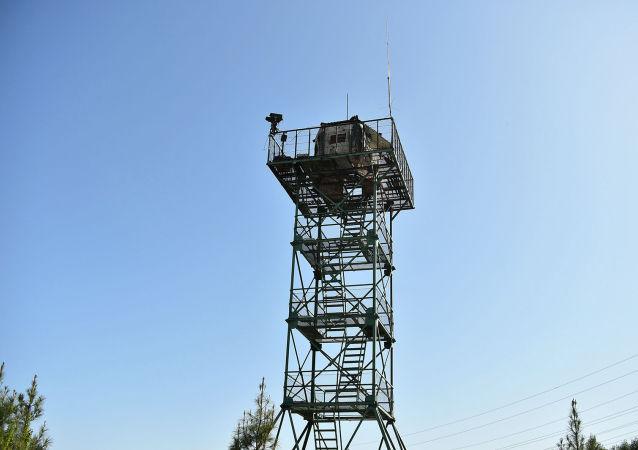 Вышка на пограничном посту Максат в Лейлекском районе Баткенской области.