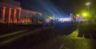 Зрители на пятом фестивале классической музыки Tengri Music на Старой площади Бишкека