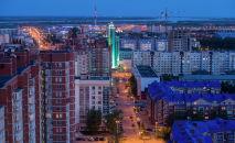 Жилой квартал Сургута в вечерней подсветке. Архивное фото