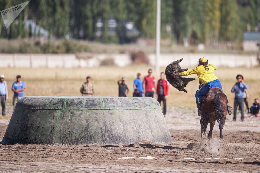 Третье место заняла команда по кок-бору Таласской области