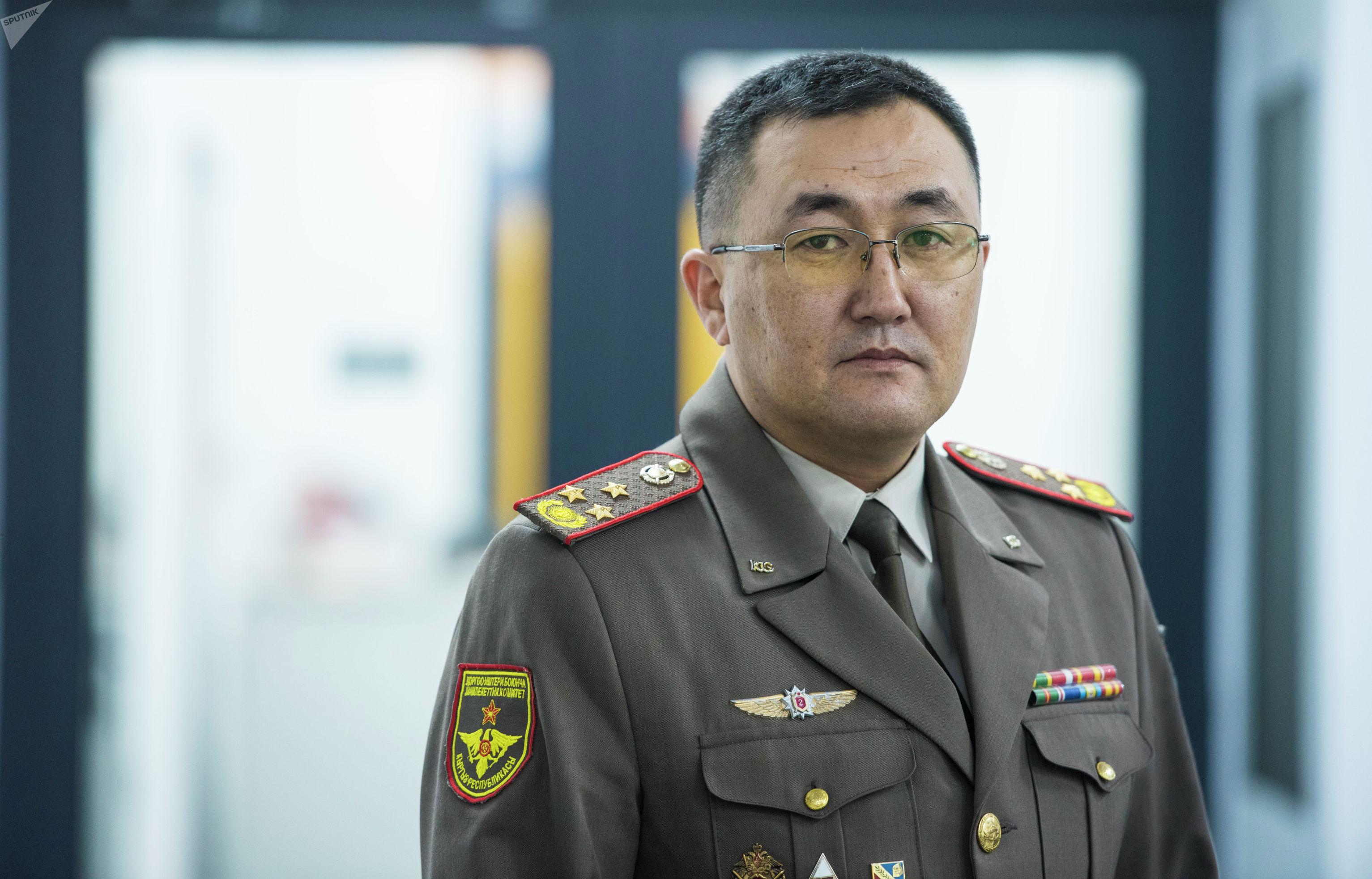 Начальник управления военного образования Государственного комитета по делам обороны КР полковник Талгат Саалаев