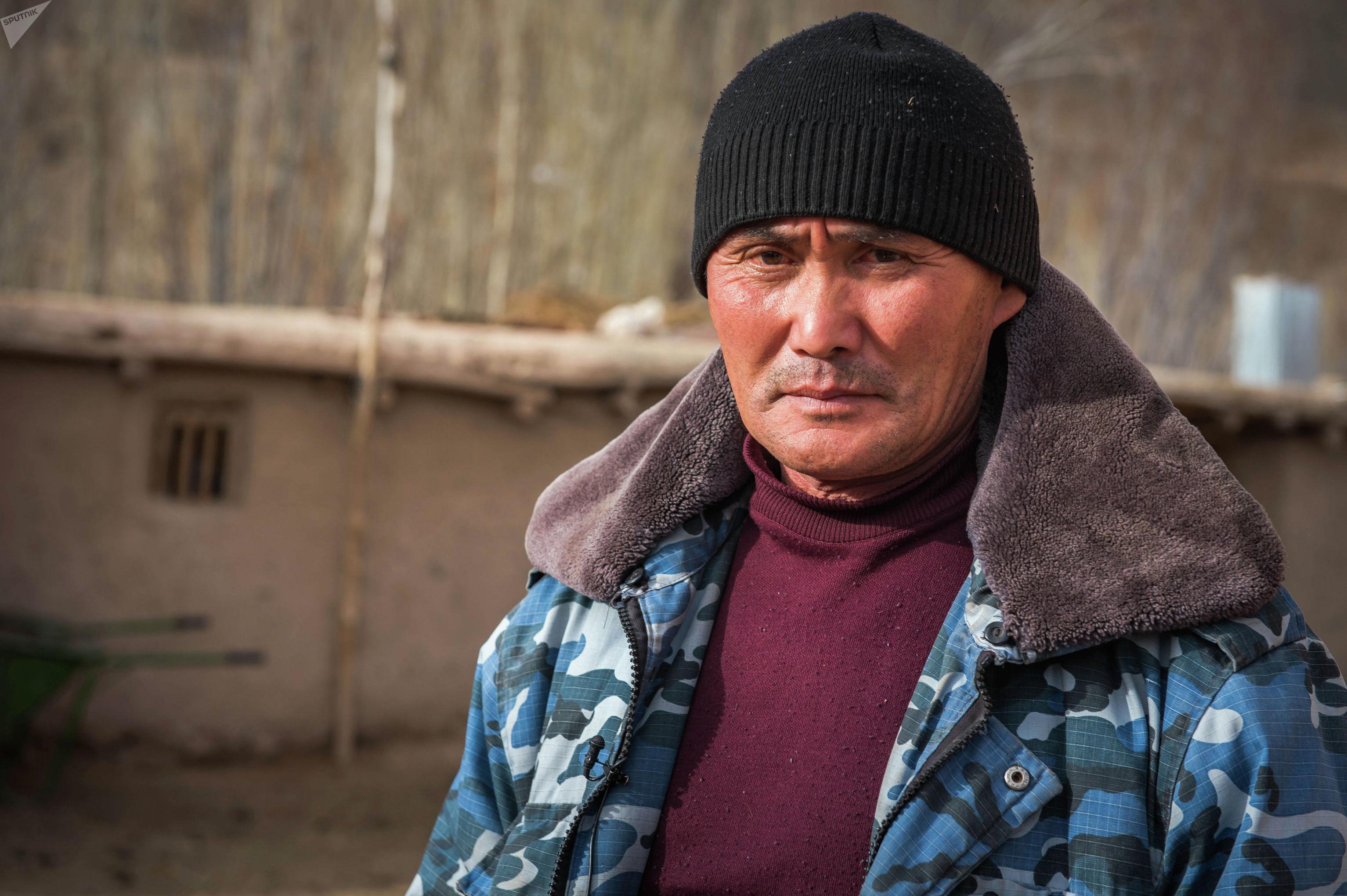 Участник баткенских событий, сотрудник милиции Жаныбай Кадыров провел в плену у экстремистов 56 дней