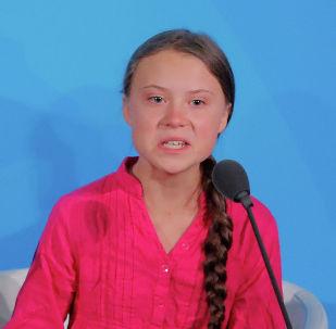 Шведская экоактивистка Грета Тунберг выступает на саммите ООН по климату в штаб-квартире в Нью-Йорке. 23 сентября 2019 года