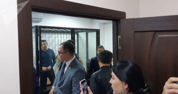 Экс-сотрудника ГКНБ Каната Сагымбаева, охранявшего бывшего президента КР Алмазбека Атамбаева, водворили в СИЗО-1 до 8 октября