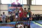 Победители турнира по вольной борьбе среди подростков в Таш-Кумыре, посвященной Токтосуну Шадыханову