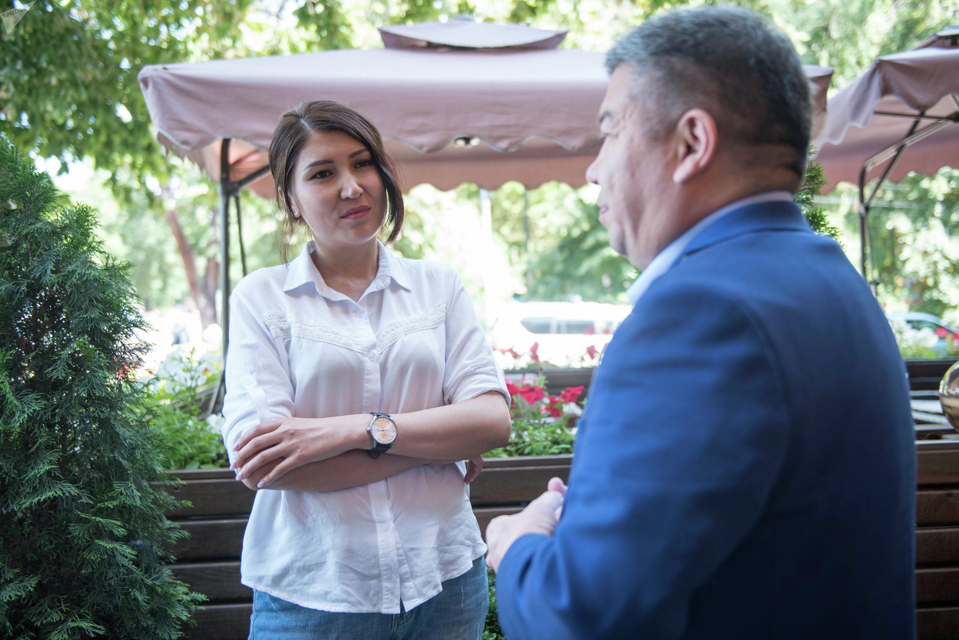 Интервью наоборот. Депутат ЖК Алмамбет Шыкмаматов и журналист Sputnik Бегимай Бакашева