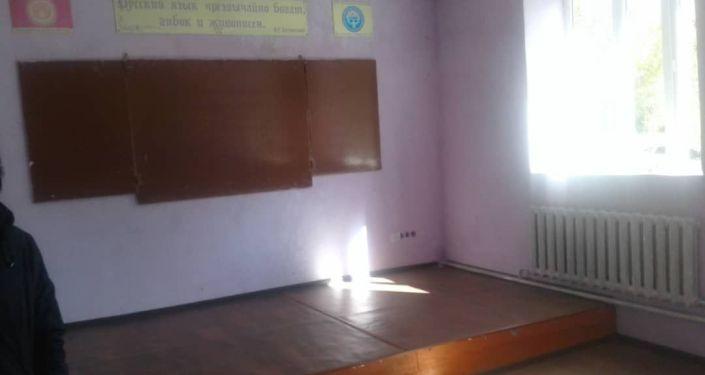 Школьный класс в новой школе в селе Кенеш Нарынской области