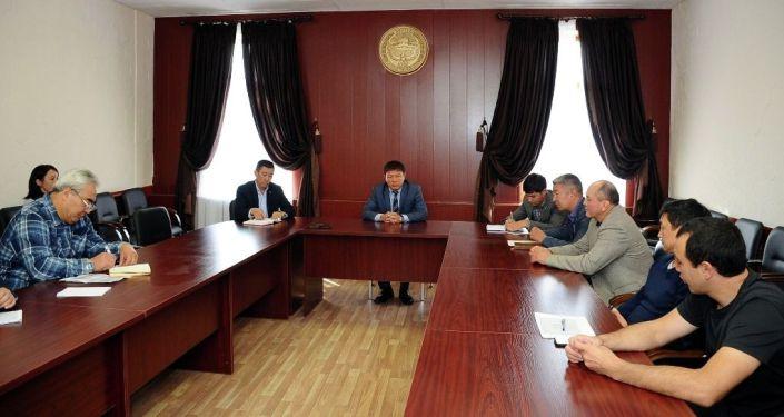 Директор ГАМФКиС Канат Аманкулов провел совещание по подготовке ведущих спортсменов к Олимпийским играм, которые пройдут в 2020 году в Японии