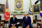 Президент США Дональд Трамп встречается с президентом Финляндии Саули Ниинисто в Белом доме в Вашингтоне. США, 2 октября 2019 года