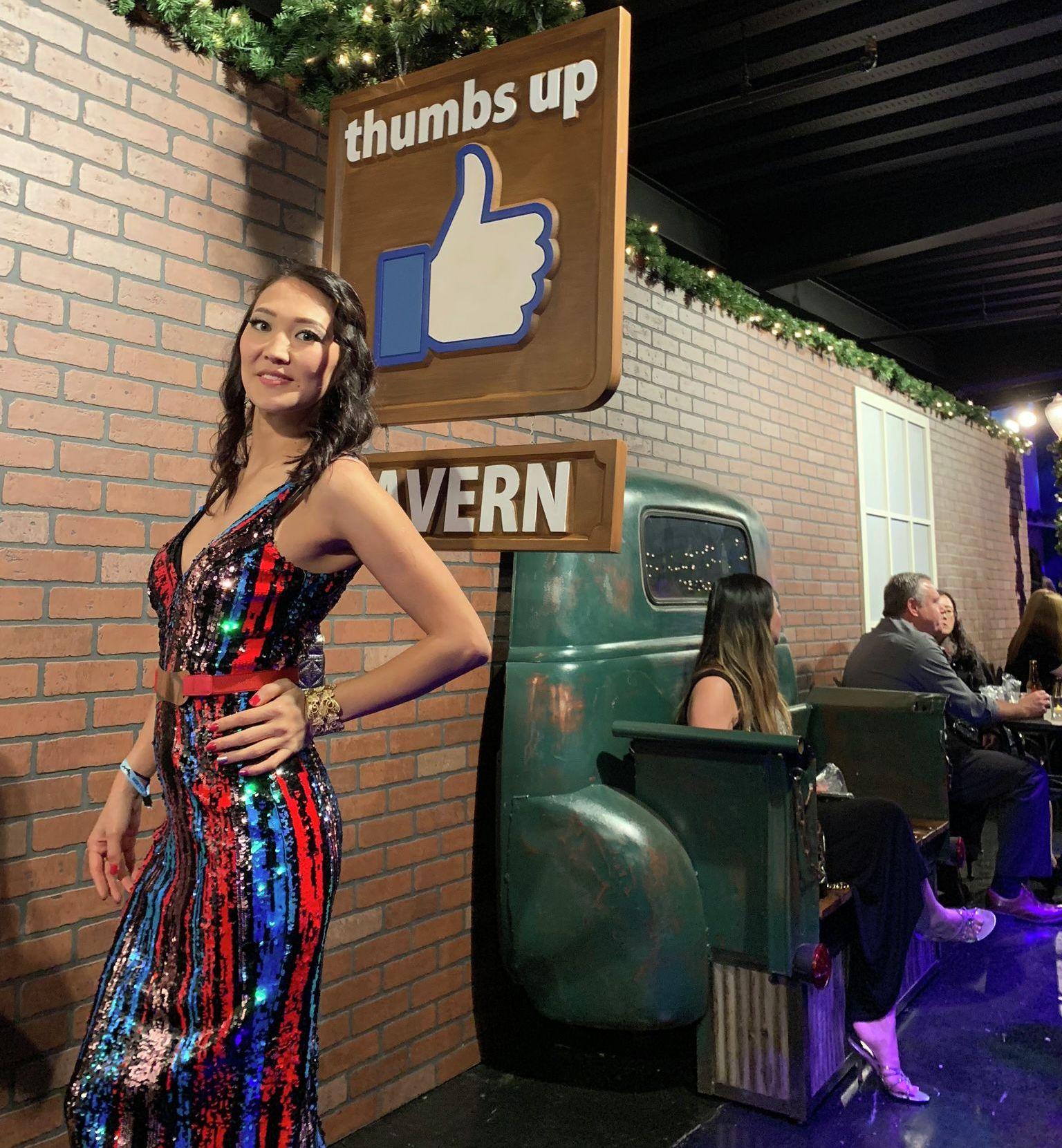 Кыргызстанка Зияда Усен, работающая информационным аналитиком в компании Facebook в США
