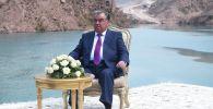 Президент Республики Таджикистан Эмомали Рахмон после сдачи в эксплуатацию второго агрегата Рогунской ГЭС дал интервью корреспонденту телеканала Аль-Джазира. 9 сентября  2019 года