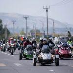 Примерно 300 байкеров на разных мотоциклах и мопедах проехались по Бишкеку в честь закрытия мотосезона 2019 года.  В Кыргызстане мотосезон традиционно начинается в апреле и длиться до октября. Его открытие и закрытие проводят в торжественной обстановке, сопровождая мотопробегом.