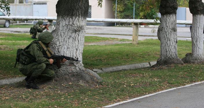 Военнослужащие авиабазы ОДКБ Кант провели контртеррористические учения на территории военного объекта