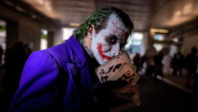 Мужчина в образе Джокера. Архивное фото