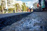 В Бишкеке на улице Московской уложили первый слой асфальта между улицей Абдрахманова и проспектом Эркиндик