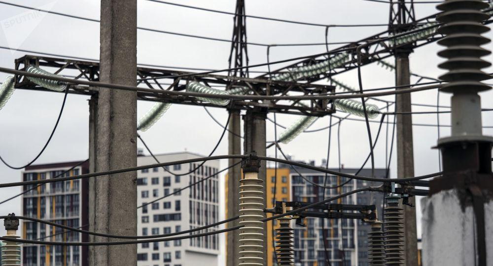 Электрическая подстанция. Архивное фото