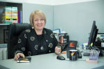 Руководитель международного информационного агенства Sputnik Кыргызстан Елена Череменина в рабочем кабинете