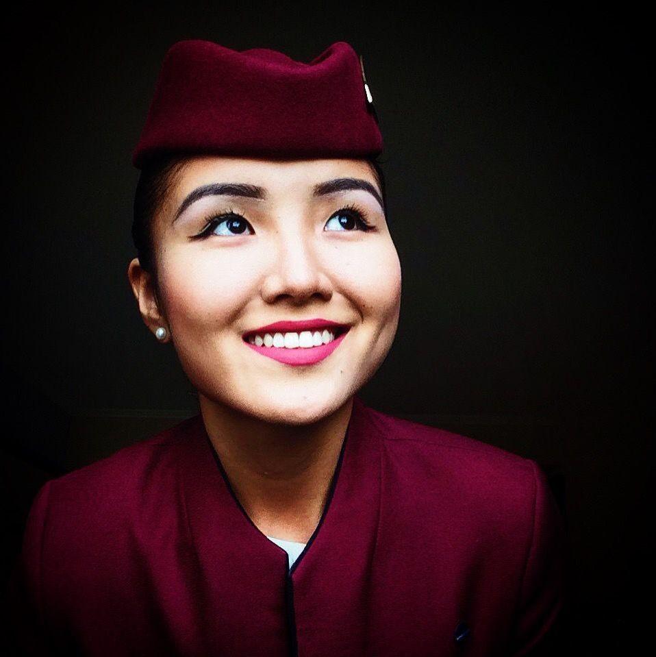 Стюардесса Чолпон Улукбекова, работающая в Qatar Airways ЮАР