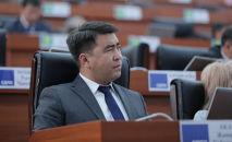 ЖК депутаты Жанар Акаев. Архив