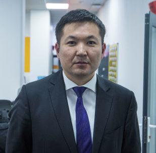 Экономика министрлигинин аймактарды өнүктүрүү башкармалыгынын башчысы Айбек Кадыров