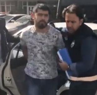 На месте убийства Айеркена Саймаити в Стамбуле находился автомобиль Range Rover с консульскими номерами 34 CC 2092. Его эвакуировали сотрудники правоохранительных органов.