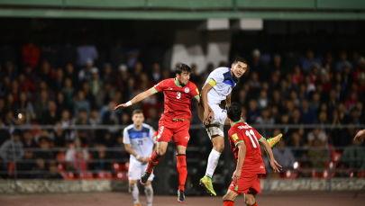 Кыргызстан — Таджикистан футбол оюну. Архивдик сүрөт