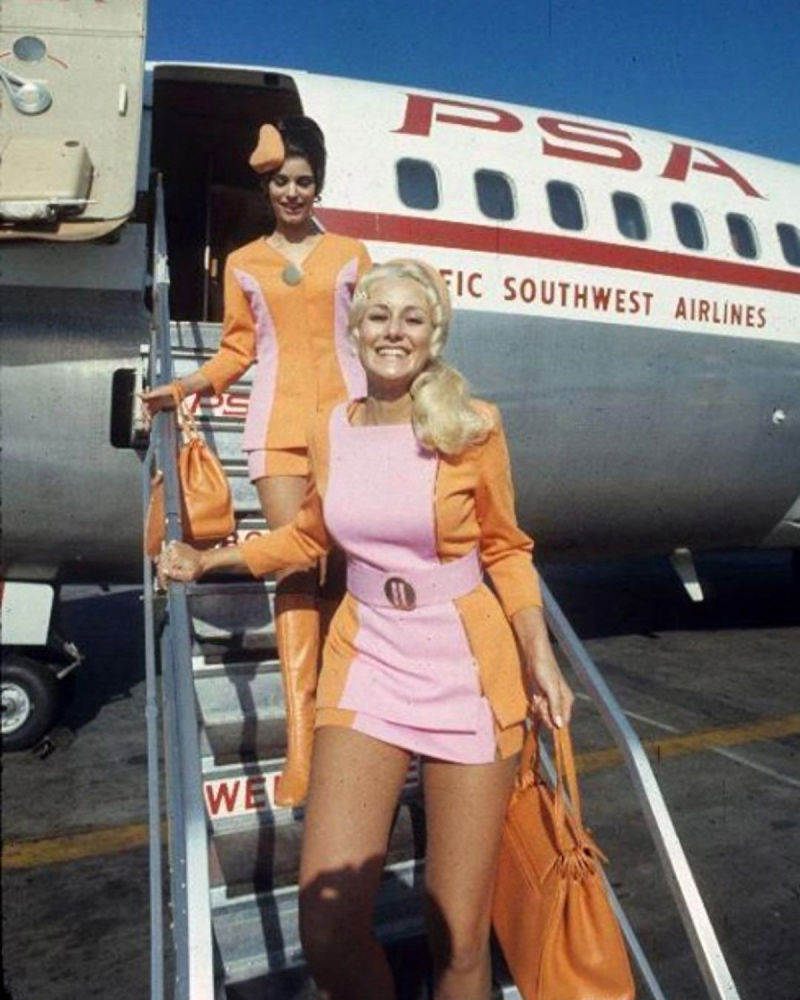 Бортпроводницы авиакомпании Pacific Southwest Airlines, 1960 год