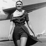 Стюардесса TWA в новой униформе, 1971 год