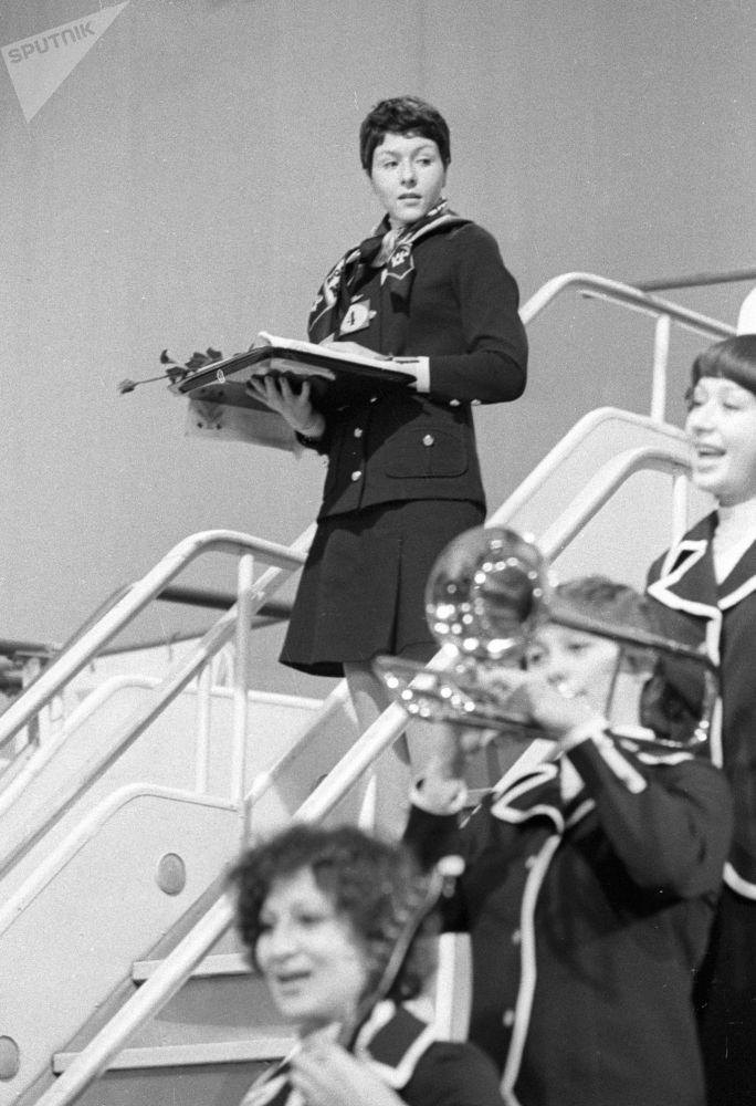 Победительница международного конкурса стюардесс социалистических стран Ирина Баженова (СССР), 1977 год
