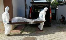 Каза болгон бейтапты күндүзгү стационардан алып кетүү. Архивдик сүрөт