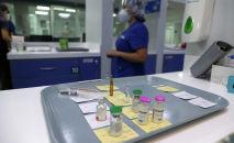 Лекарственные препараты для пациентов, инфицированных коронавирусной болезнью (COVID-19). Архивное фото